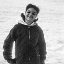 110_das-junge-maedchen-auf-ski